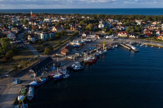 Jastarnia - widok od strony portu, fot. Pomorskie Travel/ M.Ochocki