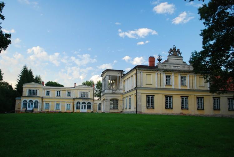Pałac Sierakowskich w Waplewie Wielkim