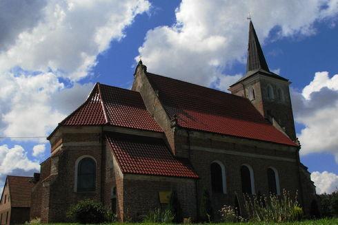 Kościół pw. Św Michała Archanioła w Starzynie