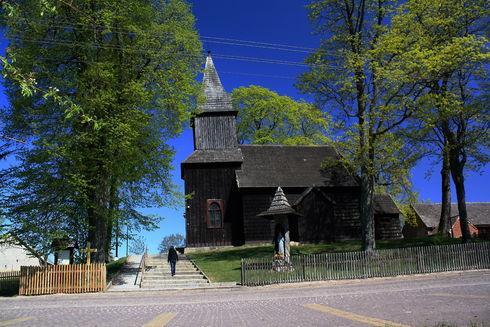Kościół pw. Matki Boskiej Królowej Polski w Sominach