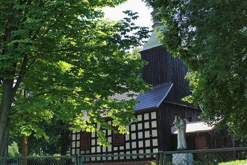 St. Lawrence Church in Strzeczona