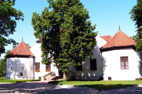 The White Mansion in Podzamcze