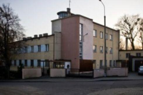 Budynek mieszkalno-biurowy firmy POLSKAROB