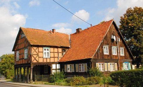 Dom podcieniowy w Żuławkach