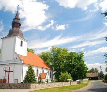 Kościół pw. Św. Piotra i Pawła w Konarzynach