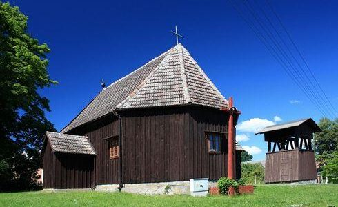 St. Andrew the Apostle Church in Nadziejewo