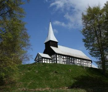 Kościół pw. Św. Stanisława Kostki w Wałdowie