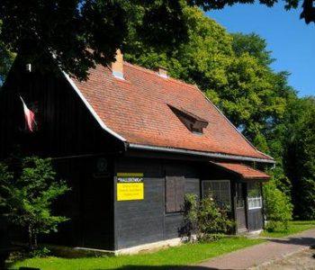 """Dom gen. J. Hallera """"Hallerówka"""" we Władysławowie"""