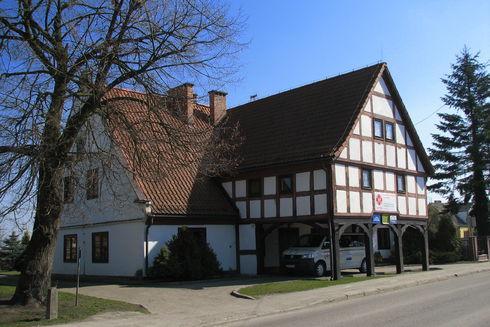 The arcade house in Krzywe Koło
