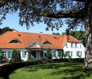 The Wybickis' Manor in Sikorzyno