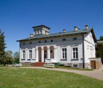 The manor in Starbienino
