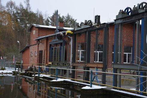 Elektrownia wodna Czarnocińskie Piece na Wierzycy