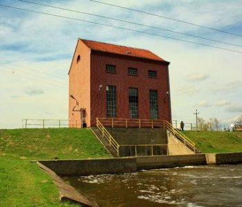 Elektrownia wodna Rakowiec, śluza Rakowiec w Malborku
