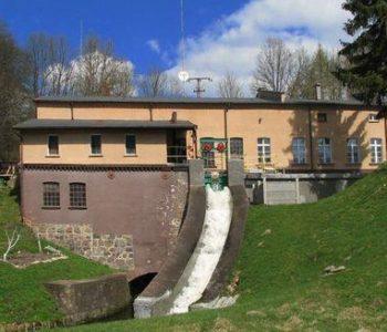 The Skarszów Dolny hydroelectric power plant on the Skotawa