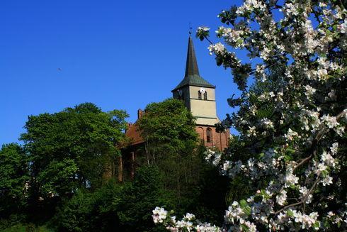 Kościół pw. św. Michała Archanioła w Skarszewach