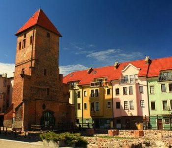 Gotycka wieża – pozostałości kościoła pw. Św. Katarzyny w Bytowie