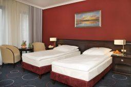 hotel admiral mfrh original scaled