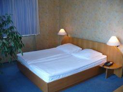 hotel piast 1