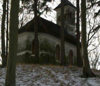 """Kaplica pw. """"Św. Krzyża"""" na Górze Spiczastej"""