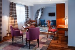 konrad janicki hotel rejs zdjecia 3