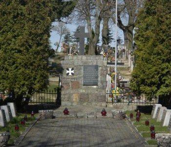 Kosakowo: mogiły żołnierzy poległych w 1939 roku