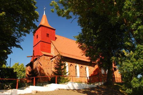 Kościół pw. Matki Boskiej Różańcowej i Św. Antoniego w Czarne Dolne