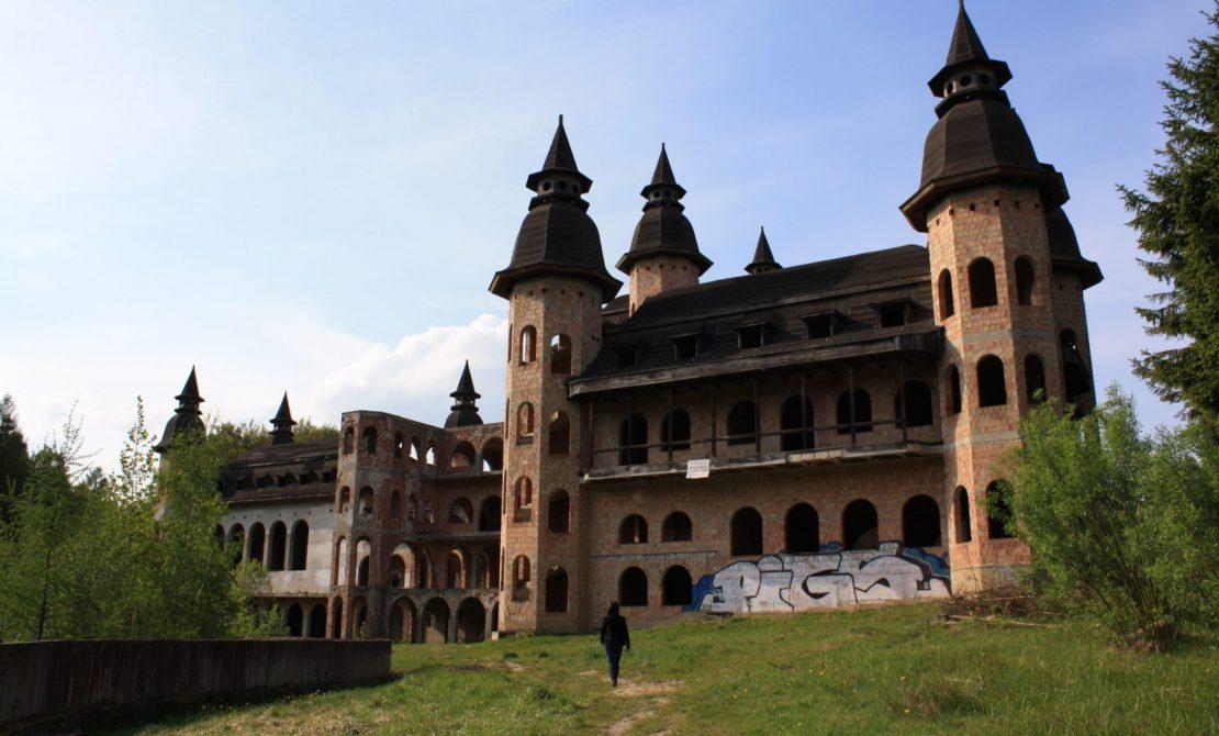 Zamek w Łapalicach, fot. Pomorskie.Travel