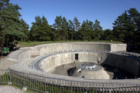 """Muzeum Obrony Wybrzeża, Bateria """"Schleswig-Holstein"""""""