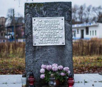 Obelisk zamordowanych kolejarzy – Kartuzy
