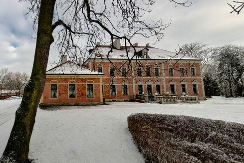 The Palace  in Leźno