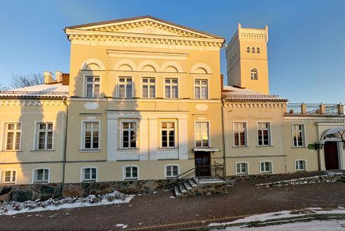 Pałac w Rekowie Górnym