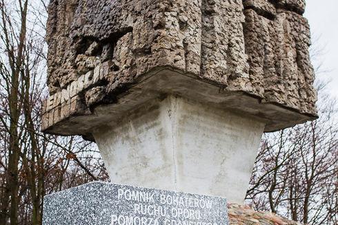 Pomnik Bojownikom Ruchu Oporu na Złotej Górze