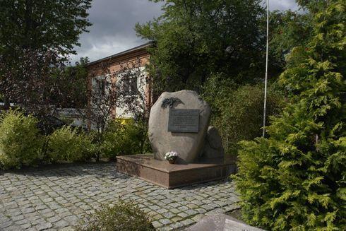 Pomnik Pamięci Polskich Lotników