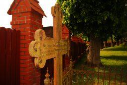 przykoscielny cmentarz w goreczynie