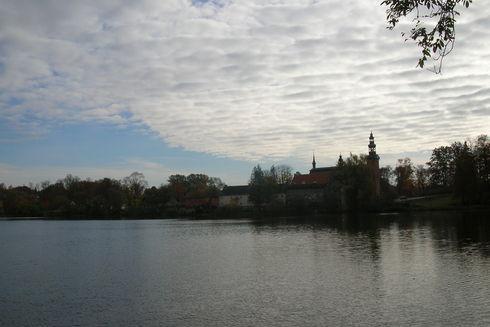 Punkt widokowy – pomost drewniany w Gaju Świętopełka