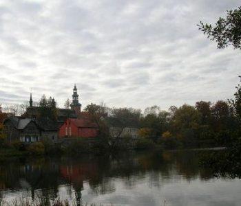 Punkt widokowy – stok wzgórza na wschodnim brzegu Jeziora Klasztornego Małego