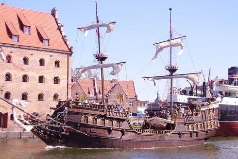 Rejsy na trasie Gdańsk – Wessterplatte – Gdańsk galeonem Lew