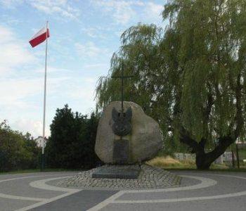 Władysławowo: pomnik męczenników Wielkiej Wsi
