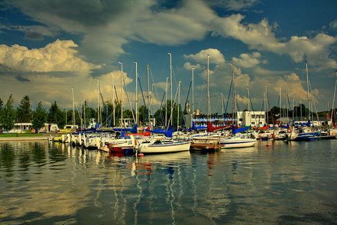 Around the lake Charzykowskie