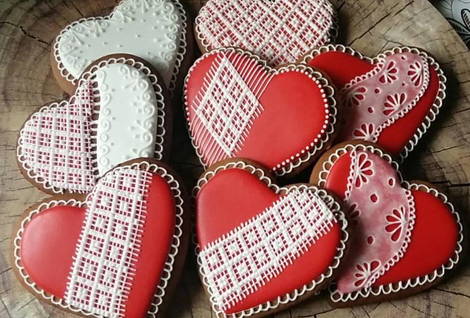 """""""Z sercem robione""""- warsztaty dekorowania pierników"""