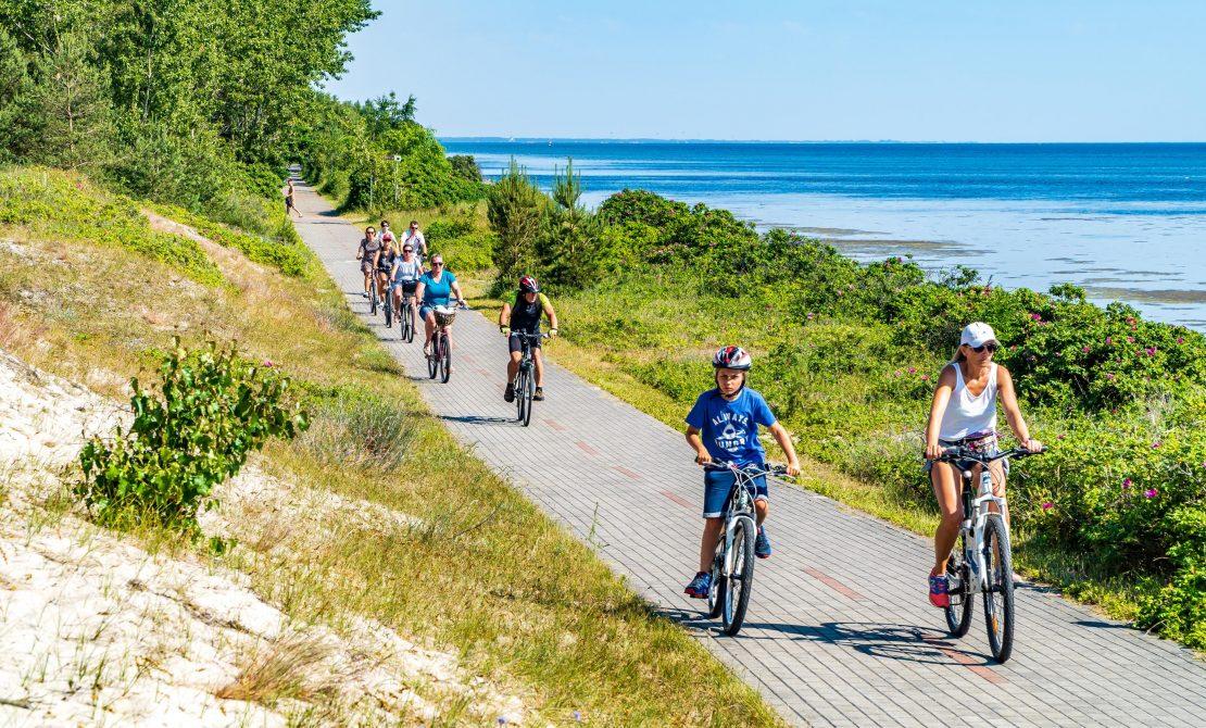 Trasa rowerowa wzdłuż Półwyspu Helskiego, fot. Pomorskie Travel/ Sz.Nitka
